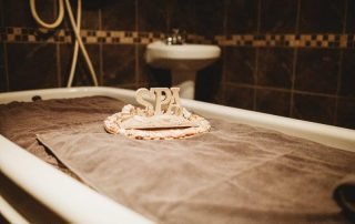 DayDreams Day & Medspa Vichy Shower